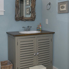 Traditional Bathroom by S&W Home Builders