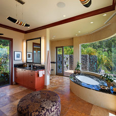 Tropical Bathroom by Rick Ryniak Architects