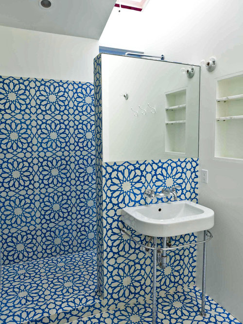 Example Of An Eclectic Cement Tile Bathroom Design In Los Angeles