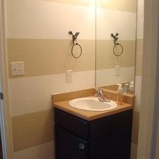 Traditional Bathroom Horizontal Stripes
