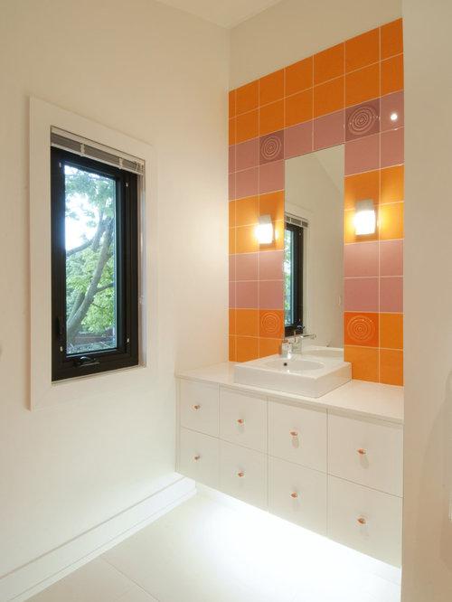 Foto e Idee per Bagni - bagno per bambini con pareti arancioni