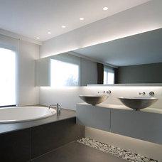 Contemporary Bathroom by Valentine Duflot Interior Architecture