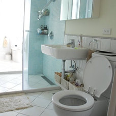 Eclectic Bathroom House