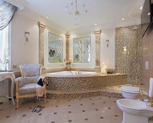 salle de bain avec une baignoire d 39 angle et carrelage en mosa que photos et id es d co de. Black Bedroom Furniture Sets. Home Design Ideas