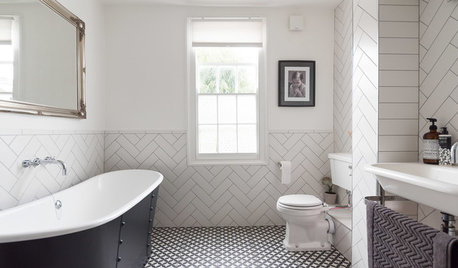 Where to Begin: Using Black and White in the Bathroom