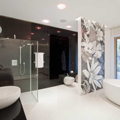 modern bathroom by nasciturus design