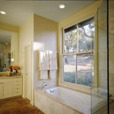 Contemporary Bathroom by Cathy Schwabe Architecture