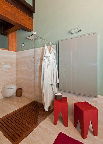 Contemporary Bathroom by essenza by spreafico