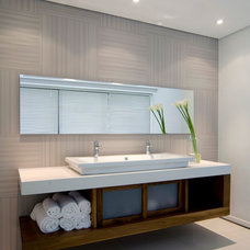 Contemporary Bathroom by Nico van der Meulen Architects