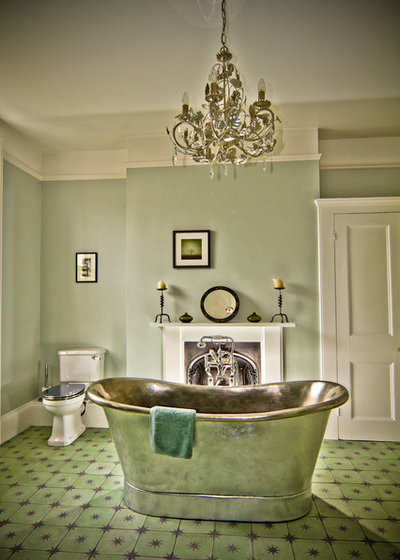 Victoriano Cuarto de baño by The Brighton Bathroom Company