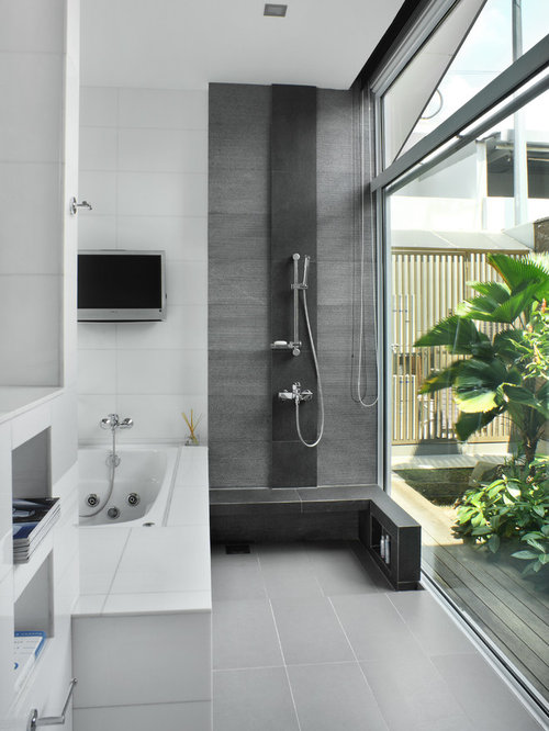 Houzz Bathroom With A Hot Tub Design Ideas Remodel