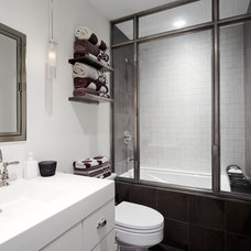 Contemporary Bathroom by SchappacherWhite Architecture D.P.C.