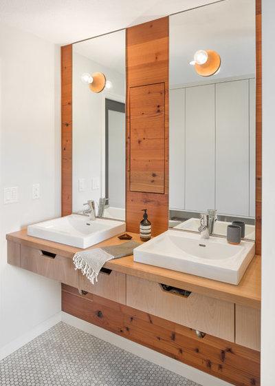 Scandinavian Bathroom by Guggenheim Architecture + Design Studio