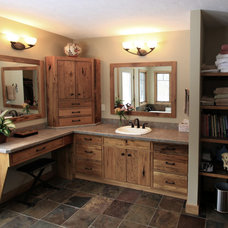 Rustic Bathroom by Platinum Fine Homes & Estates