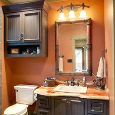 Rustic Bathroom by Ellis Custom Homes LLC