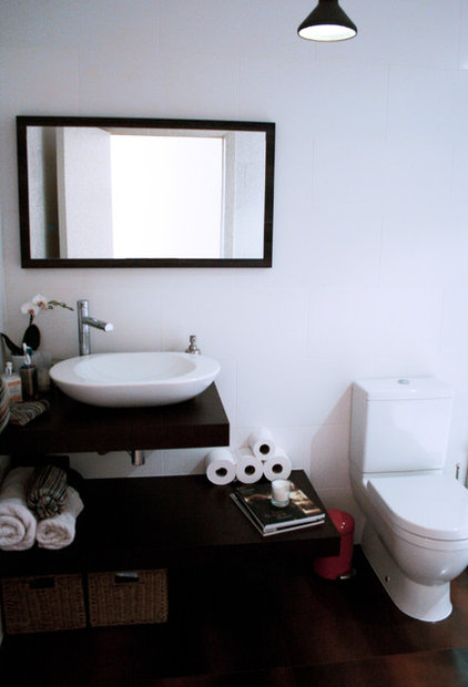 Industrial Bathroom by Cassidy Hughes Interior Design & Styling