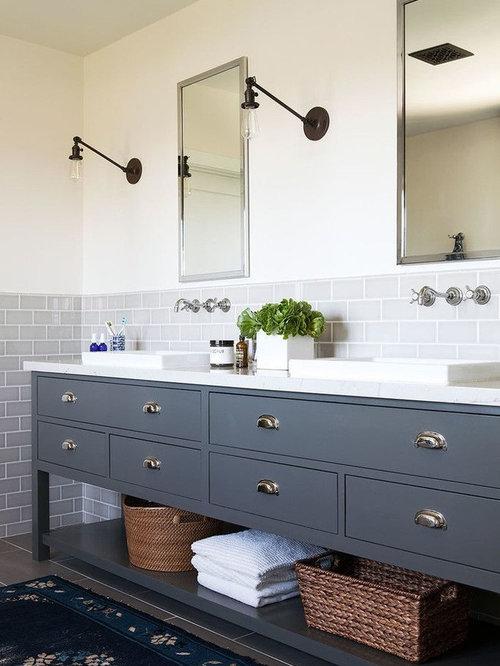 Salles de bains et WC industriels avec un lavabo posé : Photos et ...