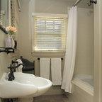 Frameless Shower Doors Traditional Bathroom