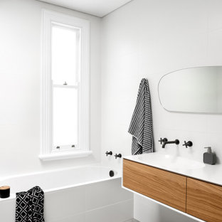 This is an example of a scandinavian bathroom in Sydney.