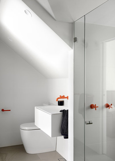 Contemporary Bathroom by schemes & spaces