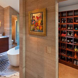 Freestanding bathtub - contemporary freestanding bathtub idea in Atlanta