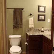 Traditional Bathroom Interior Small Bath