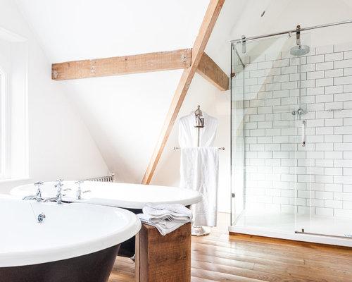 Skandinavische badezimmer mit metrofliesen design ideen for Badezimmer skandinavisches design