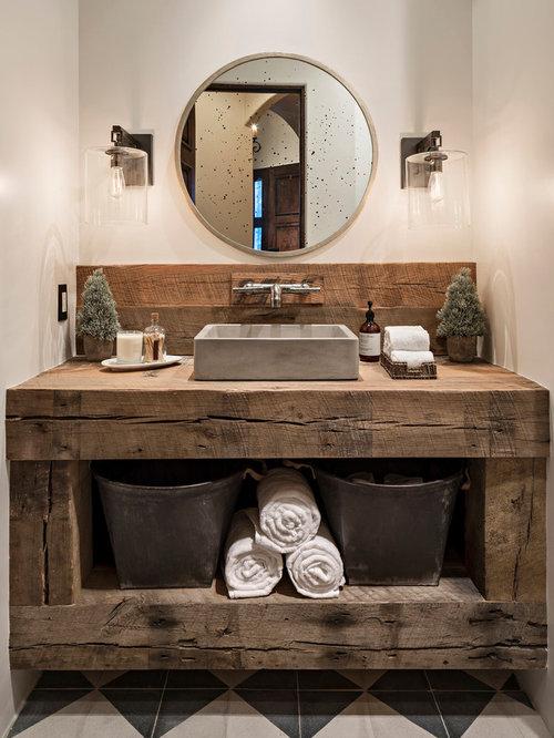 Bagno in montagna con piastrelle di cemento foto idee - Finitura piastrelle bagno ...