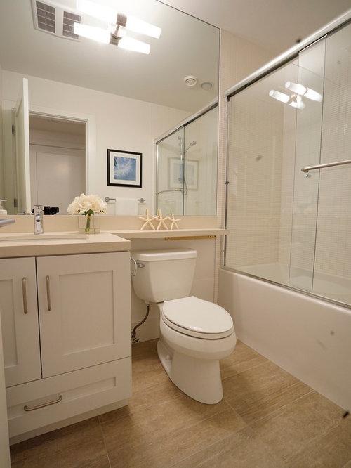 Small Vancouver Bathroom Design Ideas, Remodels & Photos