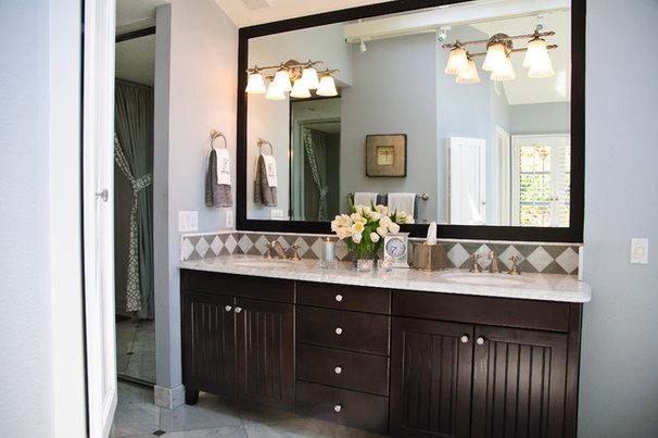 Traditional Bathroom by KK Design Koncepts
