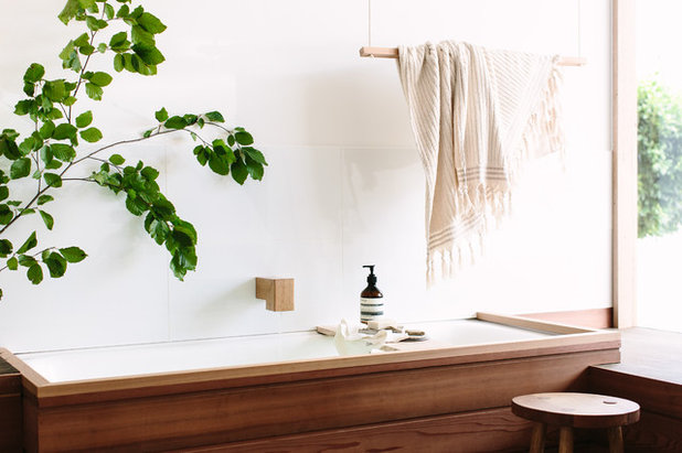 Contemporary Bathroom by Wood Melbourne