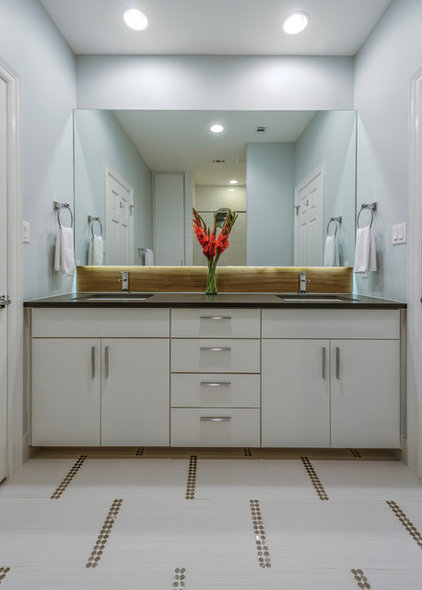 Contemporary Bathroom by Kelle Contine Interior Design, LLC
