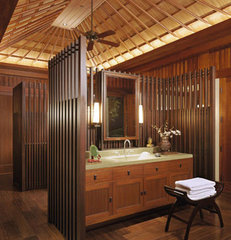 tropical bathroom by RYAN ASSOCIATES GENERAL CONTRACTORS