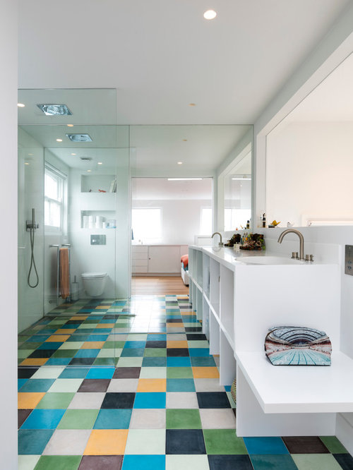 Inspiration For A Modern Bathroom In London With An Open Shower.