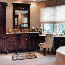 Traditional Bathroom by Celeste Jackson Interiors, Ltd.