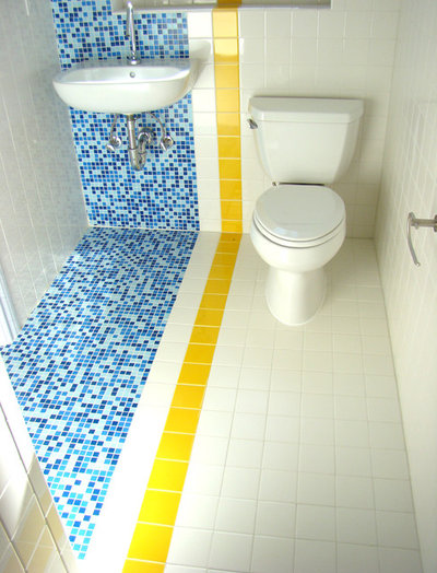 9 big space saving ideas for tiny bathrooms for Small 2 piece bathroom designs
