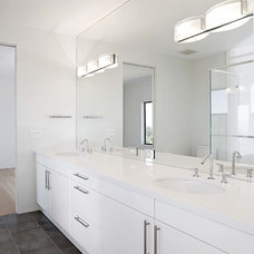 contemporary bathroom by Mark English Architects, AIA