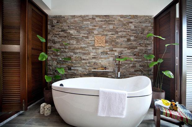 アジアン 浴室 by Mong Design Studio