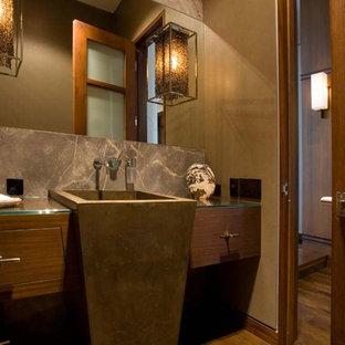 Trendy bathroom photo in Chicago
