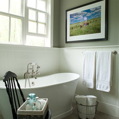 traditional bathroom by jamesthomas, LLC