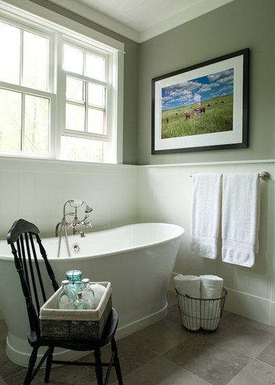 Farmhouse Bathroom by jamesthomas Interiors