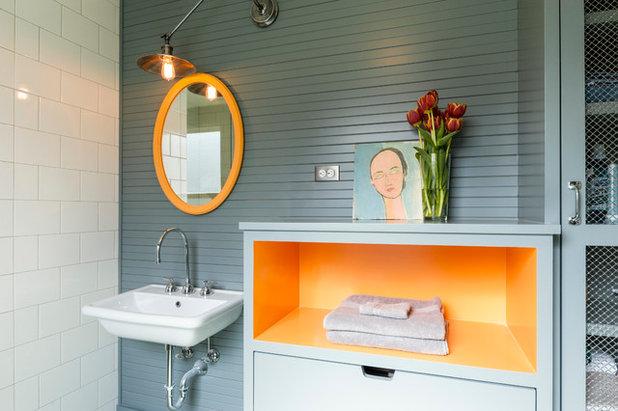 コンテンポラリー 浴室 by J.A.S. Design-Build