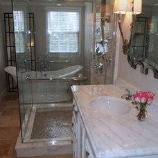 Traditional Bathroom by Elizabeth Reich