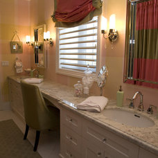 Contemporary Powder Room by Jennifer Brouwer (Jennifer Brouwer Design Inc)