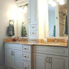 Traditional Bathroom Jennifer Runner