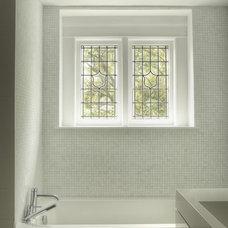 Contemporary Bathroom by Jeremy Kohm Photography