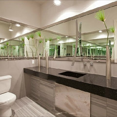 modern bathroom by Quality Bath