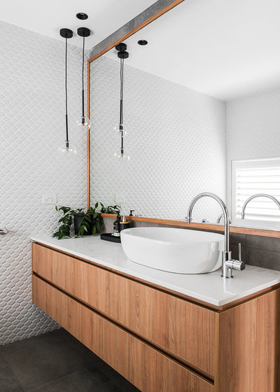 Contemporary Bathroom by Lydia Maskiell Interiors