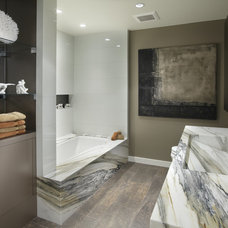 Contemporary Bathroom by Faith Cosgrove (TSRG)