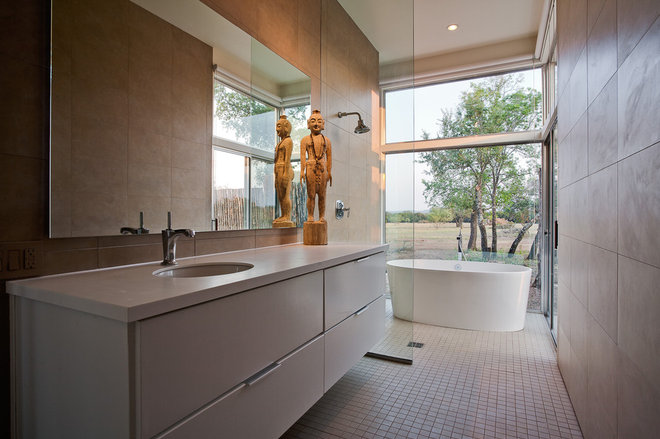 Contemporary Bathroom by NIMMO American Studio For Progressive Architecture